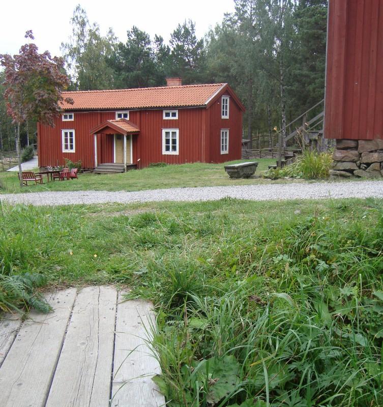 Vännagården. Byggnaden är från 1800-talets början och användes som Bagarstuga att baka och brygga öl i.