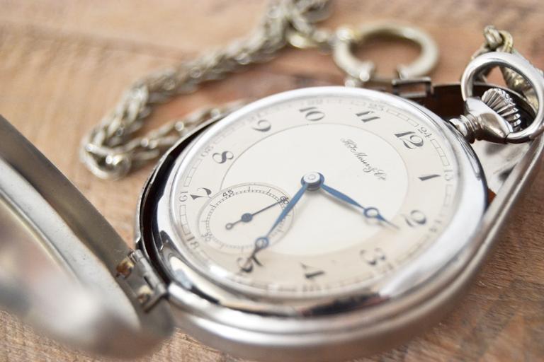 Jockes farfars gamla klocka. SÅ vacker.