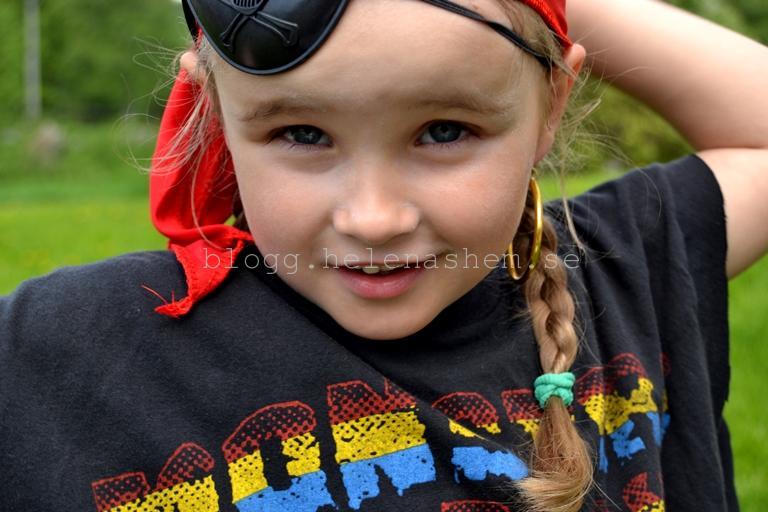 Betty var bjuden på Piratkalas och var såklart pirat! :)