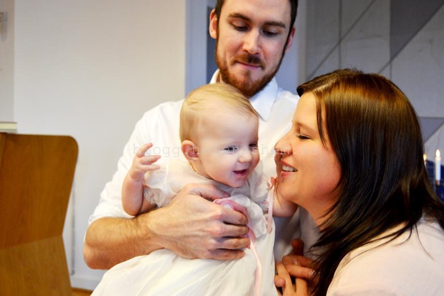 Älskar denna bild på Tilda och hennes mor och far!