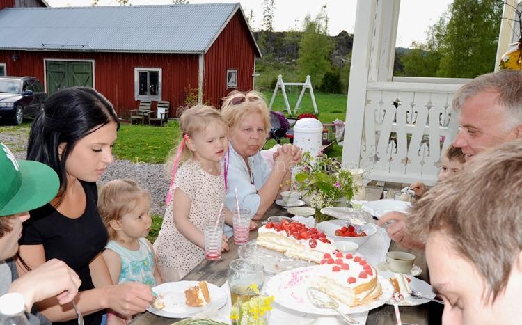 mormor och morfar (och Linus, Gustav och Emelie)