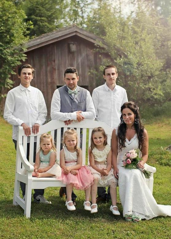 MIN fina fina familj. Så roligt att ha en bild där alla är med. Foto: Stine Ringen Rogstad