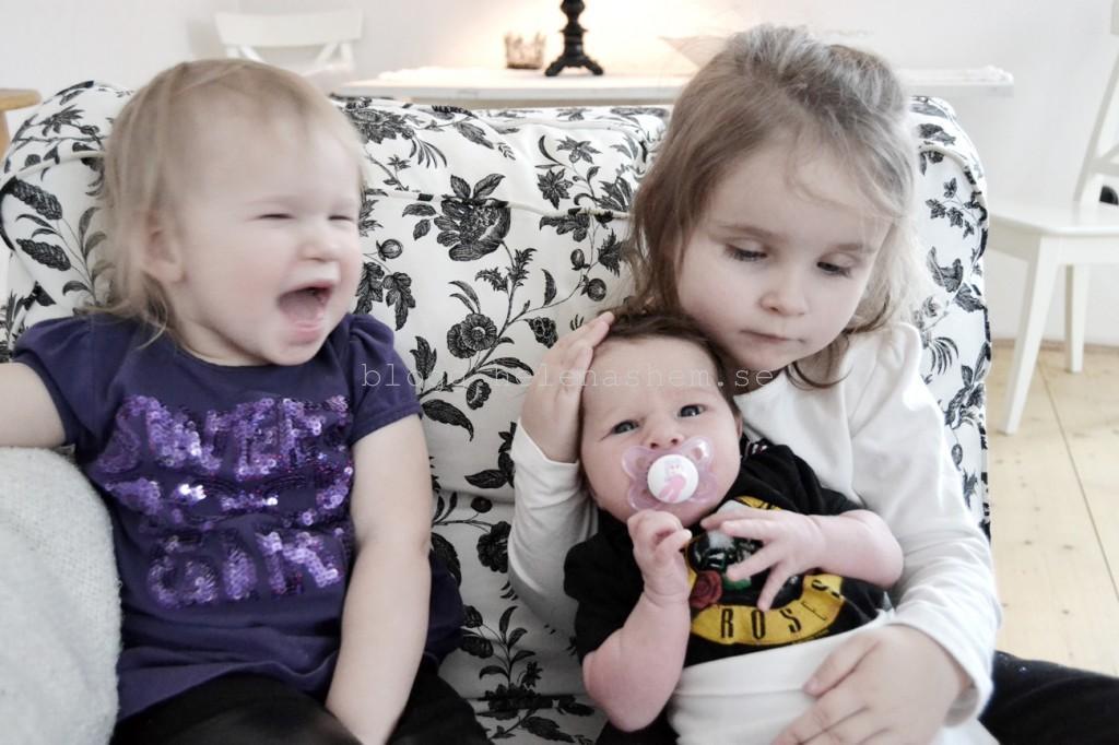 tjejerna
