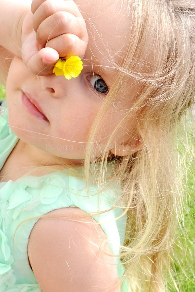 Vår yngsta midsommarflicka Meya 3,5 år