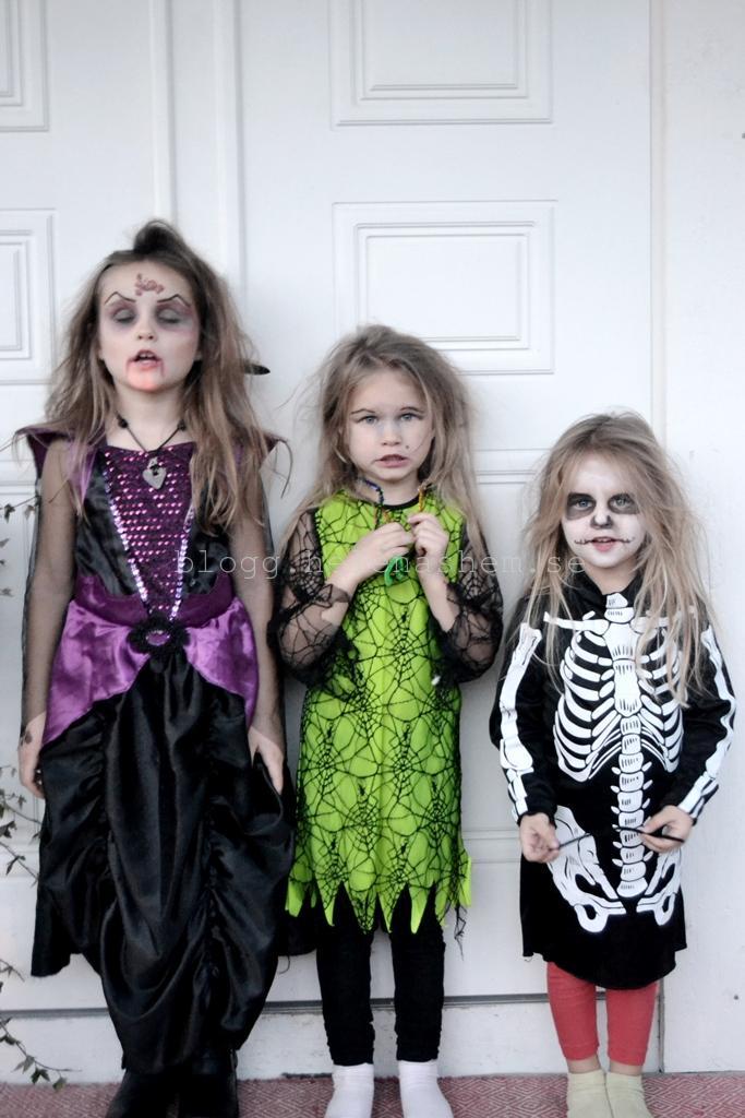 Vampyrdrottningen Betty Häxan Tyra och Skelettet Meya :)
