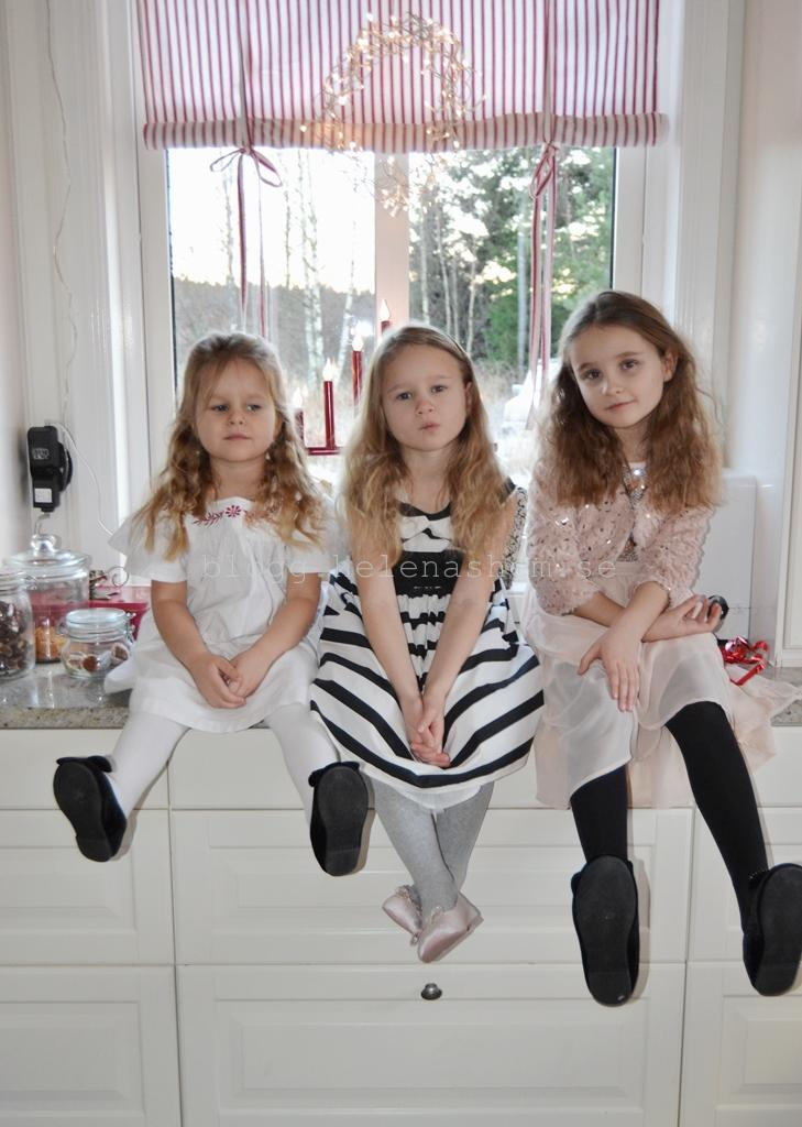 Meya snart 4 år, Tyra 5,5 år och Betty 7 år
